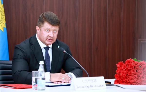 Владимир Слепцов избран главой - единогласно