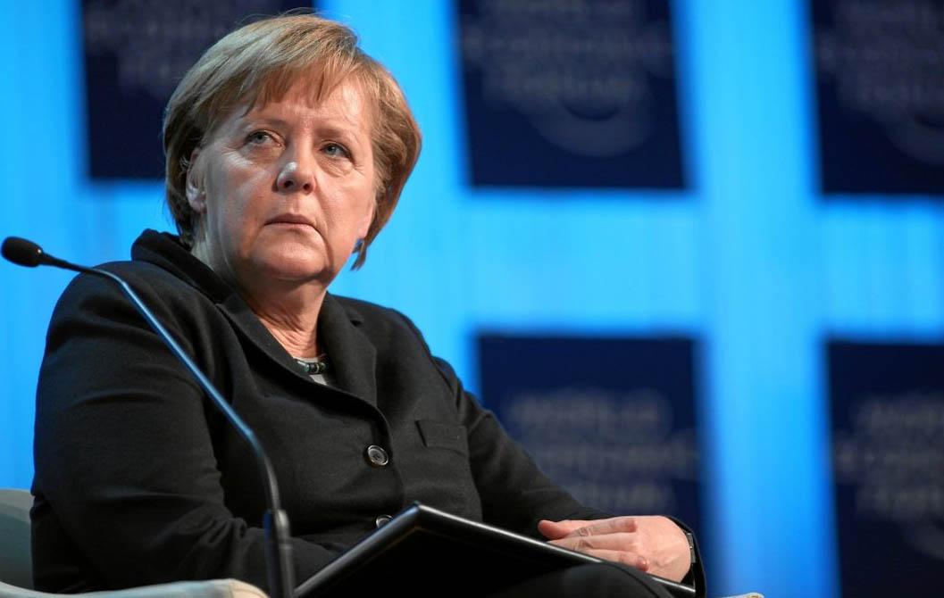 Меркель - в Германию прибудет до миллиона мигрантов